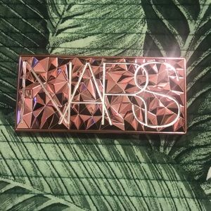 NARS - orgasm infatuation limited edition palette